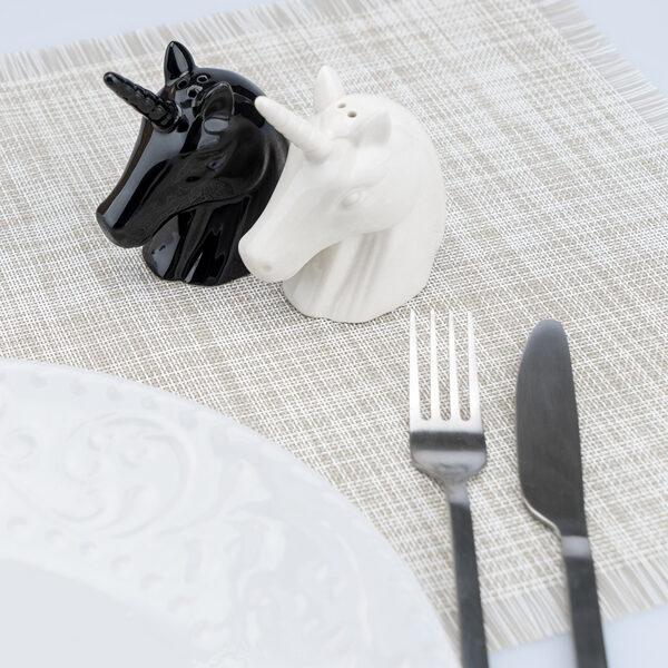 Sāls un piparu komplekts Unicorn, porcelāns