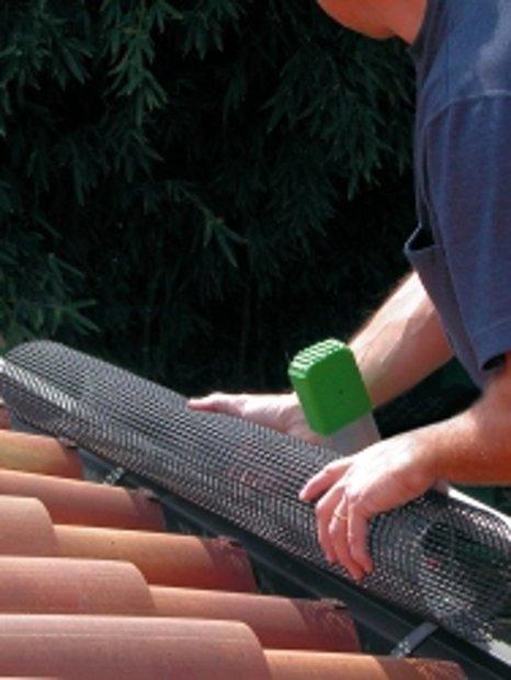 Ūdens notekas aizsargsiets LEVEX TUBE 1m (iepak 5gab)